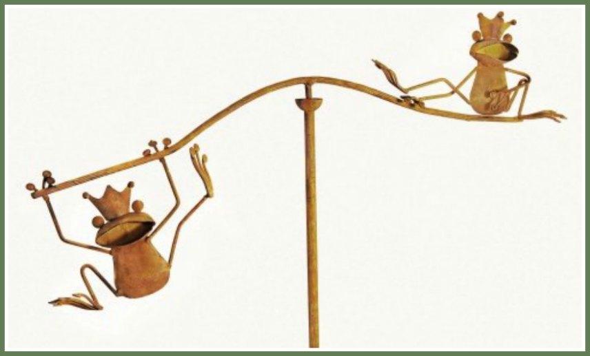 Frog Balancing Yard Stakes