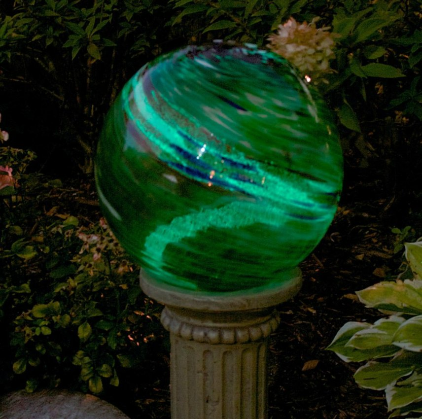 Solar Powered Garden Decoration - Green Swirl Globe