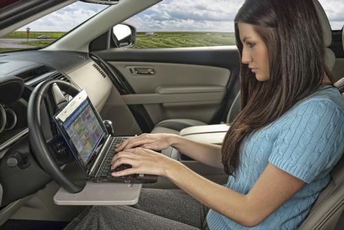 Steering Wheel Laptop Mount Desk
