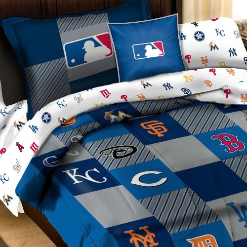 how to create a boys baseball bedroom for a real fan