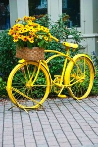 DIY Paint A Bike: Paint An Old Bike Fun Fresh Colors