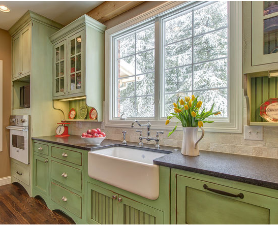 Green and White Kitchen Ideas To Freshen Up Your Kitchen